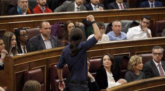 Espagne Podemos loi censure LGBT pouvoir administration