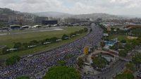 Manifestation des opposants au président socialiste Nicolas Maduro à Caracas le 6 avril 2017.