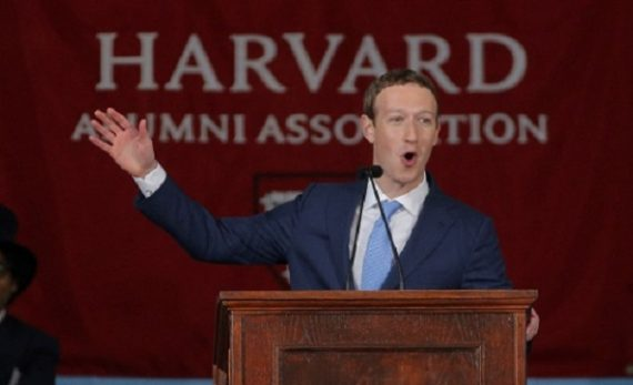 Zuckerberg appelle revenu universel Amérique