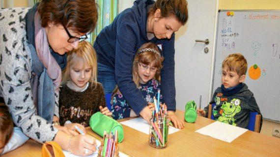 Allemagne Inaugure Démocratie Jardin Enfants
