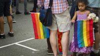 Totalitarisme gay au Canada:l'Ontario adopte une loi permettant d'arracher les enfants aux parents chrétiens