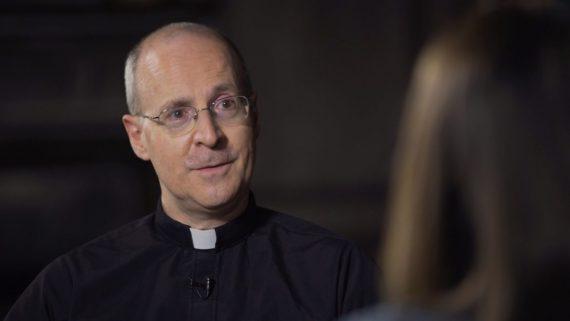 mettre jour catéchisme homosexualité père James Martin conseiller presse Vatican