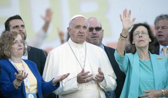 pape François célébration 50 ans Renouveau charismatique pasteurs évangéliques