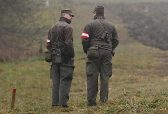 Autriche Italie immigrants armée frontière