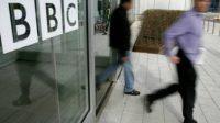 Télé bobo en Grande-Bretagne:les classes aisées, les minorités ethniques et les LGBT surreprésentés à la BBC