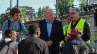 Le Défenseur des droits Jacques Toubon a critiqué vendredi le refus du gouvernement d'ouvrir de nouveaux centres d'accueils pour migrants, notamment à Calais.