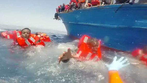Italie migrants maires révolte