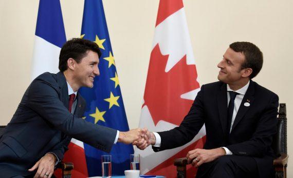 Macron Trudeau Racistes