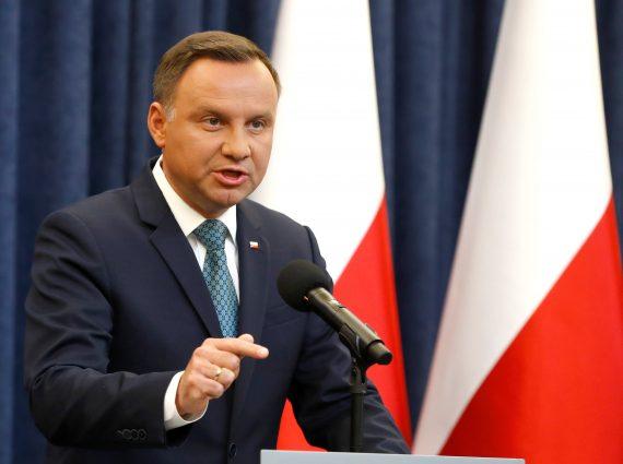 Pologne réforme justice veto président Commission européenne sanctions