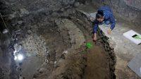 Lorena Vazquez, une archéologue, travaille sur le site près de Templo Mayor.