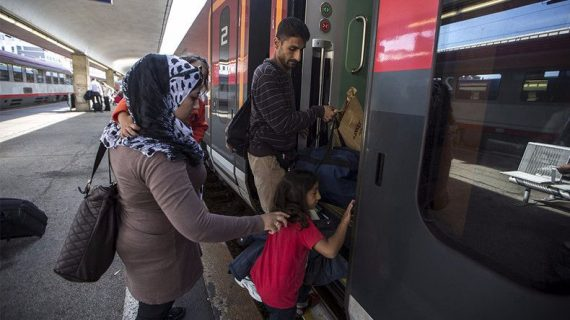 Angela Merkel réfugiés vacances pays origine