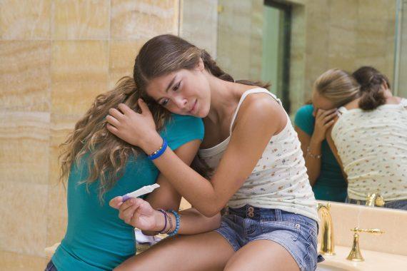 adolescentes lesbiennes plus souvent enceintes moyenne âge