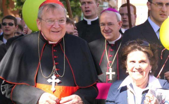 cardinal Raymond Burke crise Eglise fin temps idolâtrer pape