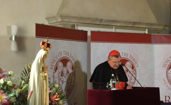 conférence cardinal Burke Coeur Marie
