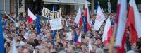 Soros, l'Allemagne et la France derrière les manifestations de juillet contre la réforme de la justice en Pologne