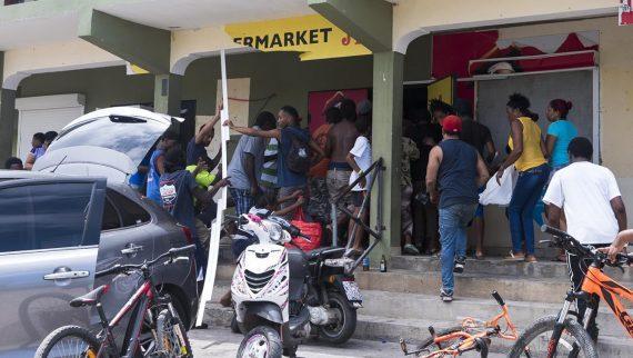 Aujourdhui Irma Antilles Demain Immigration France