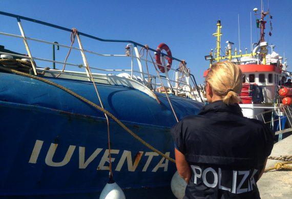 Devoir invasion Arrivée Migrants Italie Baissé Août