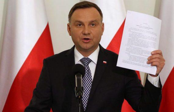 Duda Pologne réforme justice Commission européenne