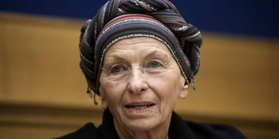 Emma Bonino signe pétition libéraliser avortement Italie femme politique