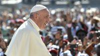 Le pape François lors de son audience générale hebdomadaire à la place Saint-Pierre, le 13 septembre 2017 au Vatican