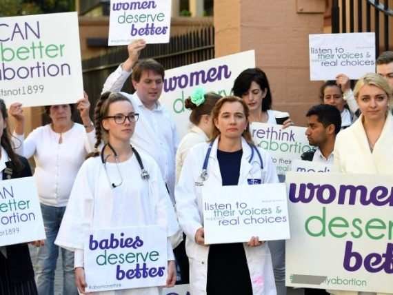médecins britanniques dépénalisation absolue avortement