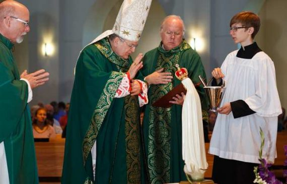 Cardinal Burke Russie pas consacrée Notre Dame Fatima