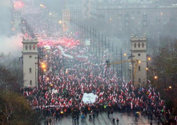 Nous voulons Dieu Marche Indépendance 11 novembre Varsovie Pologne
