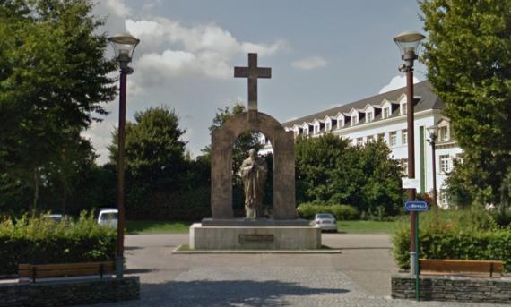 Nouvelle attaque statue Jean Paul II Ploërmel