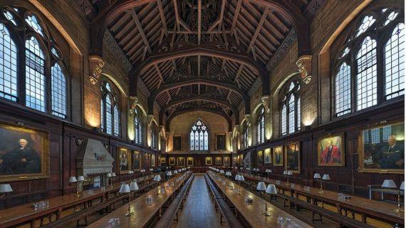 Oxford association chrétienne exclue semaine accueil nouveaux homophobie néocolonialisme