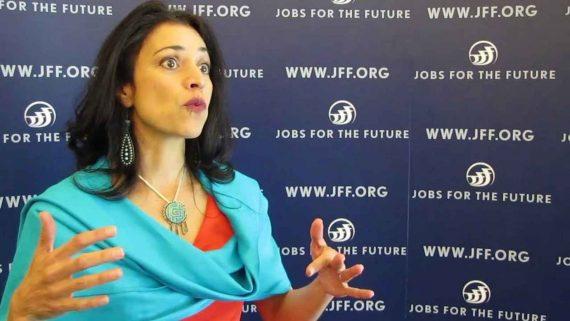 Rochelle Gutierrez enseignement mathématiques privilège blanc Américaine