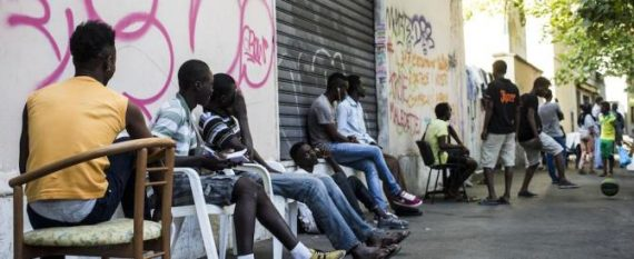Sexe Mères Famille Migrants Italie Analyse Propagande Perverse