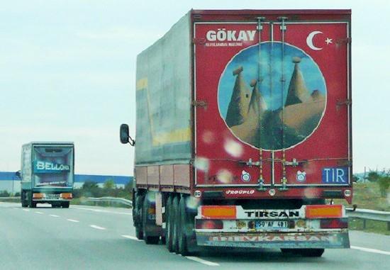 Union européenne déclare illégale taxe camions turcs transportant biens UE