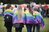 Un prêtre catholique écossais soutient l'enseignement des questions LGBT dans les écoles