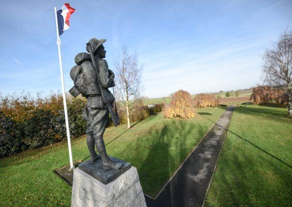 Australie heureuse abandon projet champ éoliennes cimetière Grande guerre France