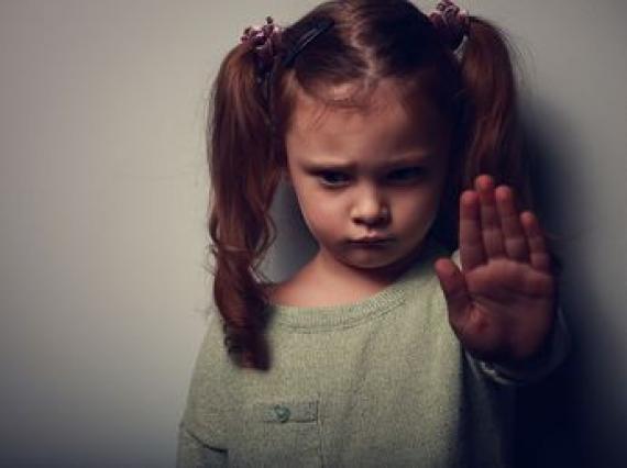Enfants Victimes Maltraitances Famille Mauvaise Santé Grands parents Nocifs