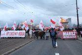 Organisée par les nationalistes polonais, la Marche de l'Indépendance à Varsovie est la plus grosse manifestation patriotique en Europe