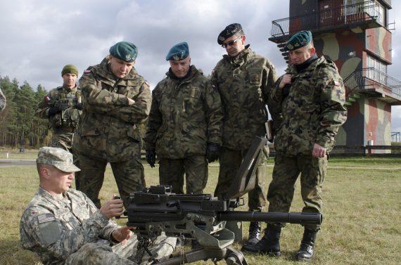 Rtcom hystérie croissante Pologne acheter armes Etats Unis