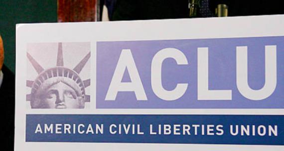 administration Trump Cour suprême sanctionner avocats ACLU mineure clandestine avortement