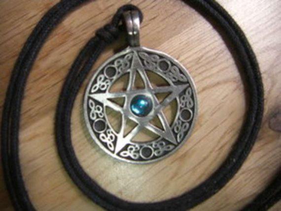 paganisme sorcellerie Wicca campus universitaires Etats Unis