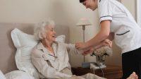 Le système de santé soviétoïde britannique face à une pénurie d'infirmières à domicile