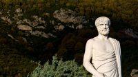 Une école privée d'élite en Angleterre se tourne vers Aristote pour apprendre à débusquer les «fake news»