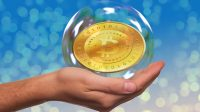Le Bitcoin à 11.000 dollars, cryptomonnaie contestataire qui séduit JP Morgan tandis que Nicolas Maduro l'imite