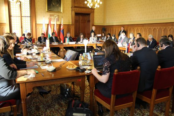 V4 Groupe Visegrád Budapest parlements