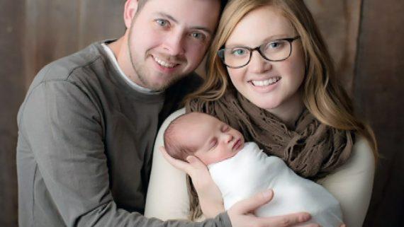 congélation embryonnaire bébé conçu 18 mois après mère Etats Unis