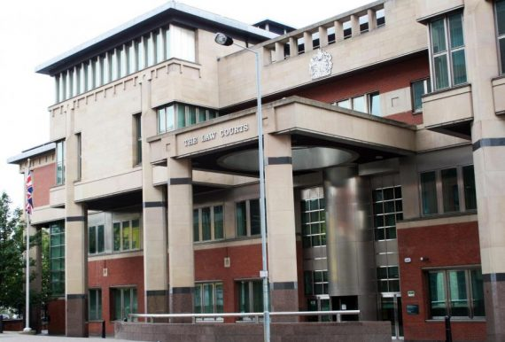 pédophile 30 ans teenager condamné 6 ans prison Royaume Uni