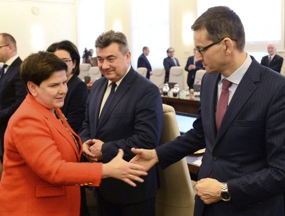 remaniement gouvernement polonais Mateusz Morawiecki Beata Szydło