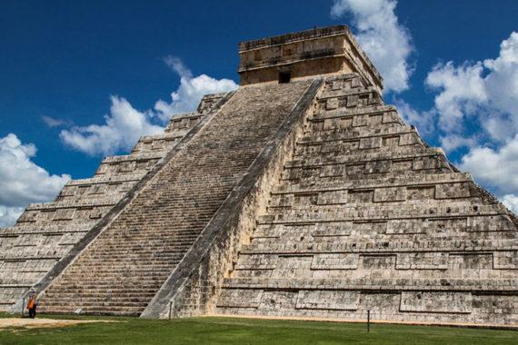 Aztèques Morts Salmonellose Analyse ADN Légende Noire Nouvelle Espagne