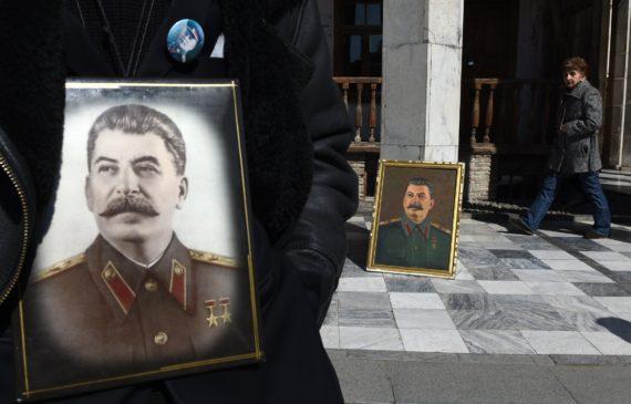 Déprogrammation comédie noire mort Staline Russie