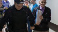 L'historien Yuri Dmitriev qui a découvert les charniers soviétiques de Sandarmokh fait l'objet d'un drôle de procès…. la Russie ne veut plus «démoniser» Staline