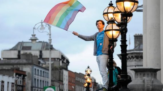 Irlande conseillers conjugaux catholiques couples homosexuels fermeture discrimination